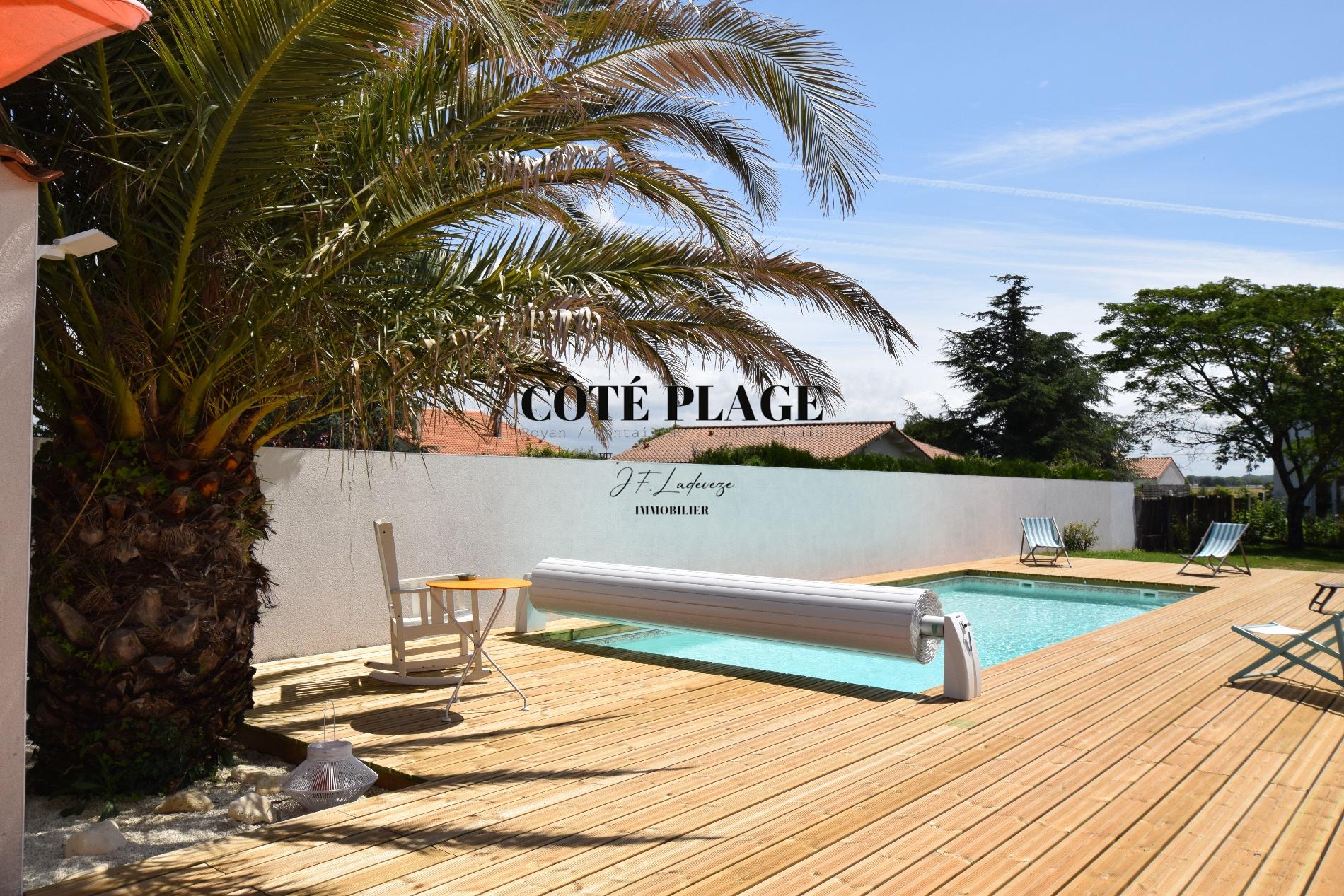 Vente maison villa avec piscine vendre saint palais sur for Piscine pont de vaux